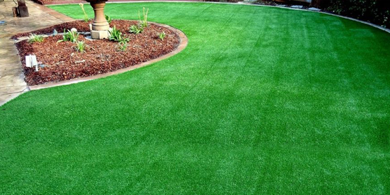 5 Reasons Artificial Grass is Better Than Real Grass
